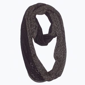 [7-40] black & gold reversible infinity scarf